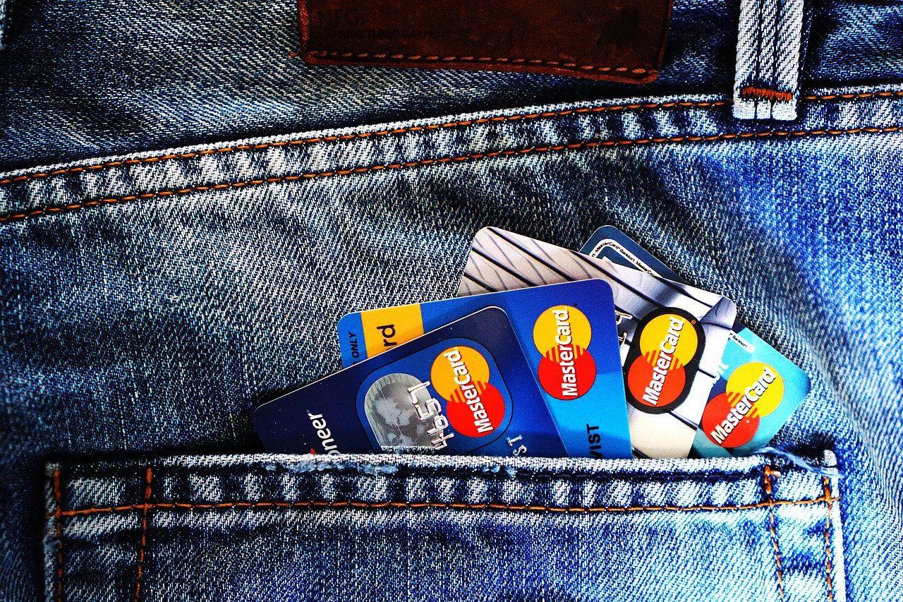 Etudes-remunerees services bancaires 120 euros [France entière]